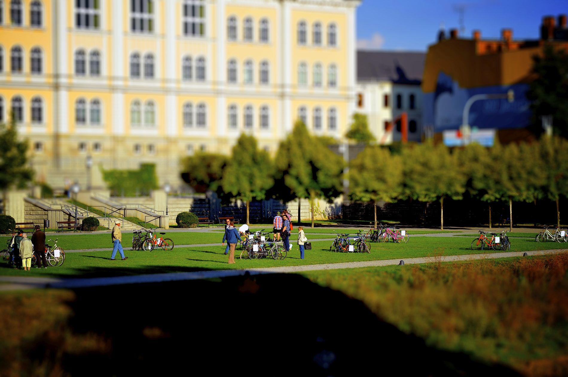 RB_076_XXI_TH_radskulptur_004_foto_karsten_schaarschmidt.jpg